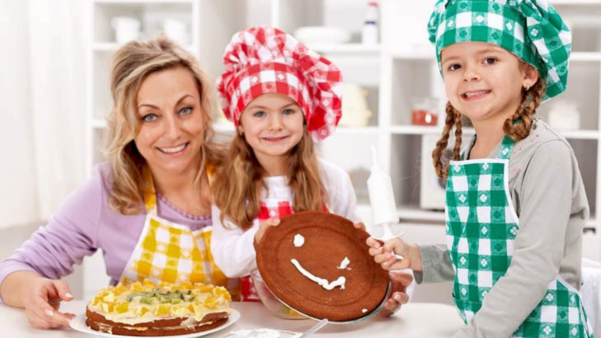 כשהילדים שותפים בהכנת אוכל יש סיכוי גדול יותר שהם יסכימו לנסות לאכול דברים חדשים | צלם: א.ס.א.פ קריאייטיב |   Ilike ,shutterstock