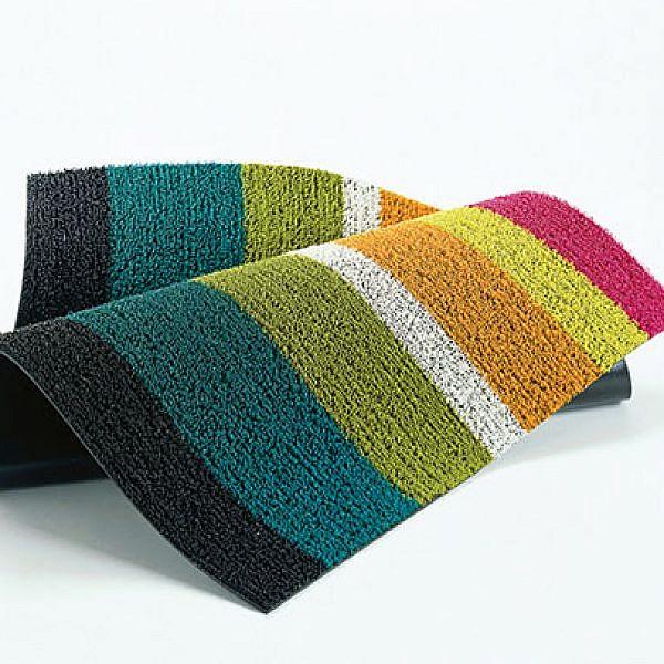 שטיח בעיצוב סנדי צ'ילוויץ, 490 שקלים. להשיג בהביטאט   צילום: יח