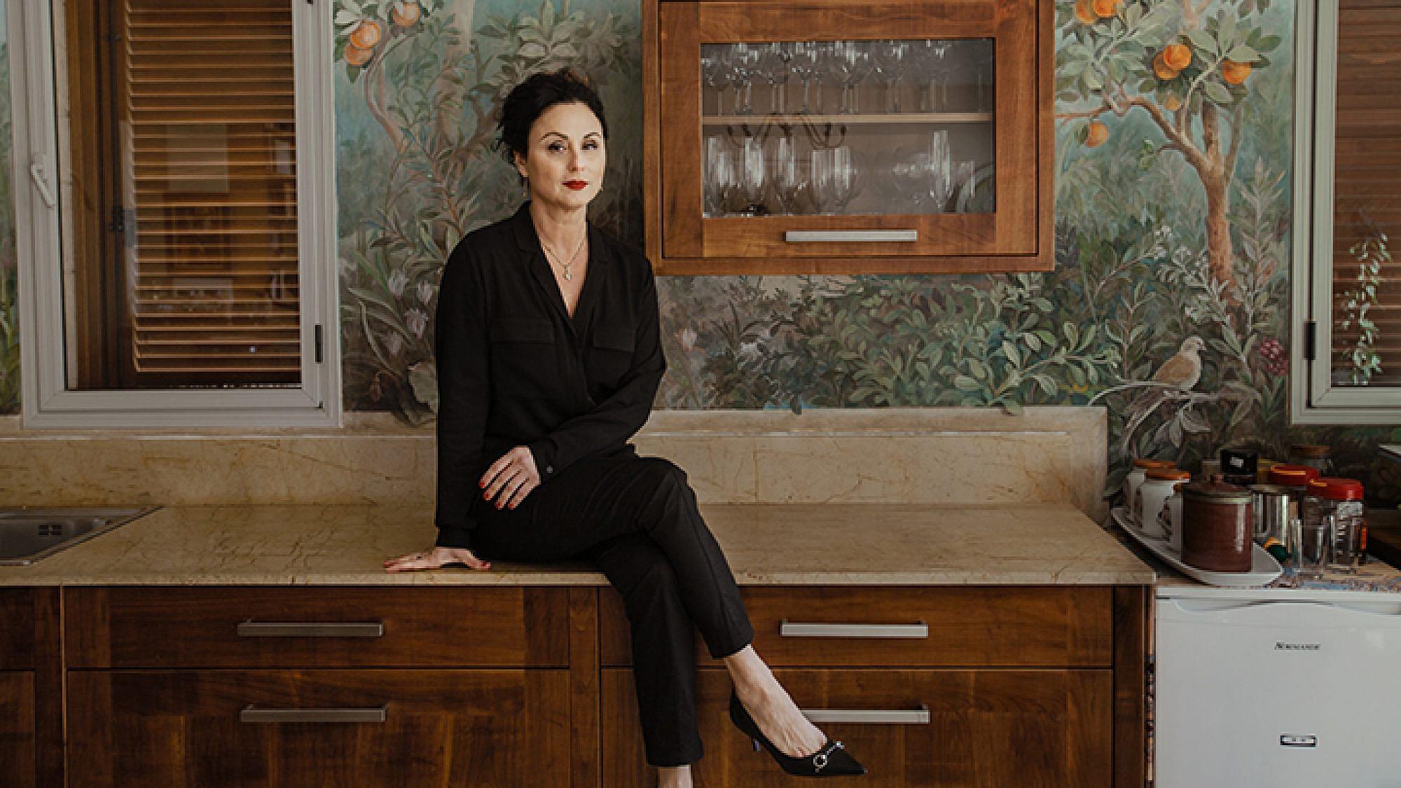 חנה אזולאי הספרי   צילום: ליה צ'סנוקוב