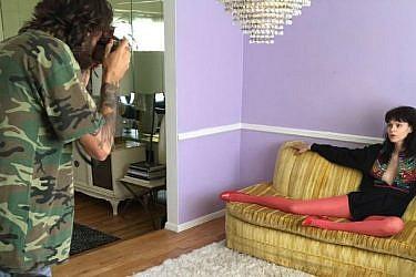 מאחורי הקלעים של צילומי קמפיין סתיו-חורף של מארה הופמן בניו יורק