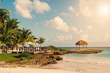 חופשה טרופית על החוף. הקפובליקה הדומיניקנית | צילום: Shutterstock