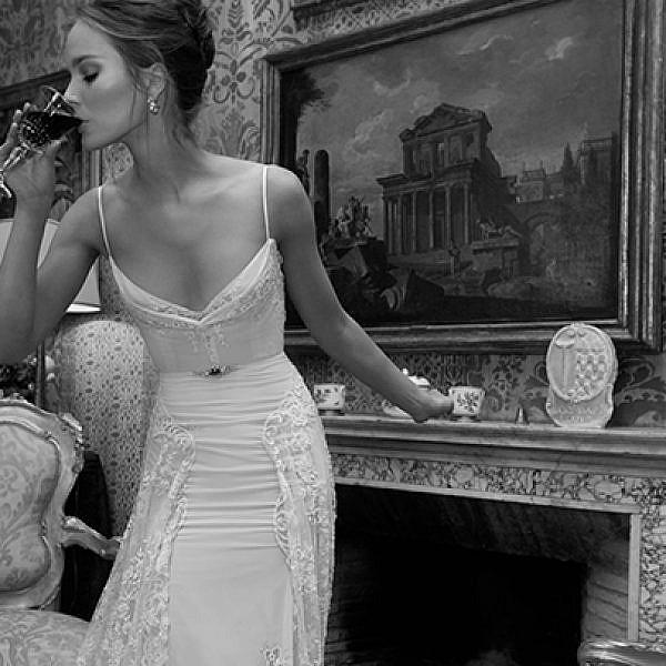 שמלות כלה במחירים לוהטים של ענבל דרור | צילום: יניב אדרי