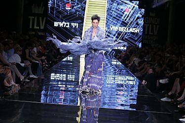 תצוגת ערב הגאלה: יעל רייך עושה ויוי בלאיש בשבוע האופנה גינדי תל אביב 2016 | צילום: אבי ולדמן