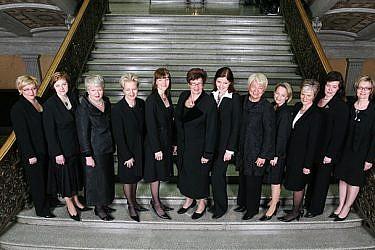בממשלה שכיהנה בפינלנד מאפריל 2007 עד יוני 2010 12 מתוך 20 השרים היו נשים