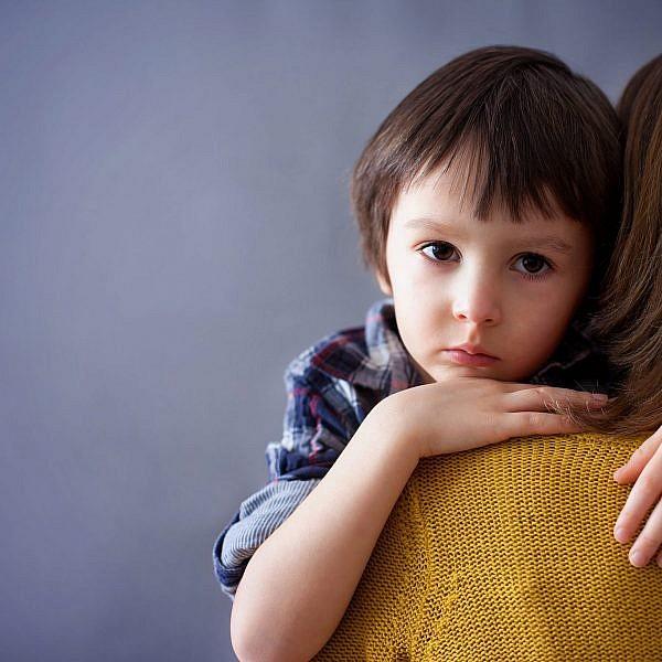 כך תדברו עם ילדים על השואה | צילום: shutterstock