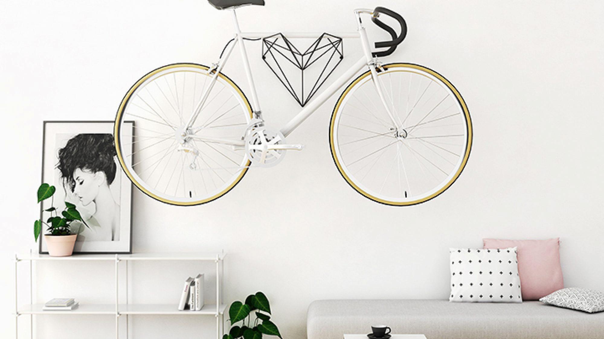 קישוט מדליק לסלון, עם או בלי אופניים | בעיצוב סטודיו Hang Bike