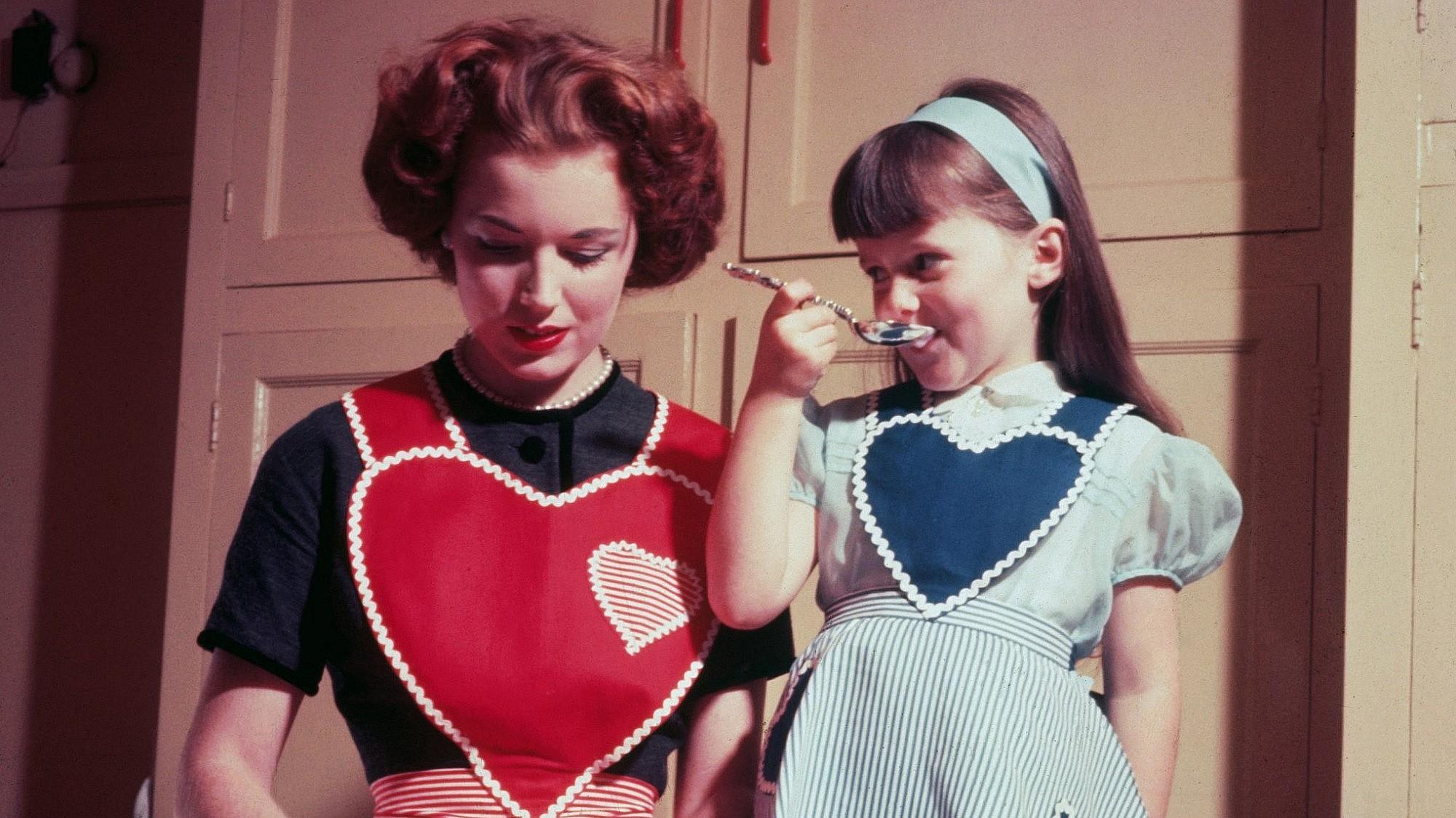 הגיע הזמן לבלות עם הילדים דקות נטולות טלפון והסחות דעת | צילום: Hulton-Archive/Getty-Images