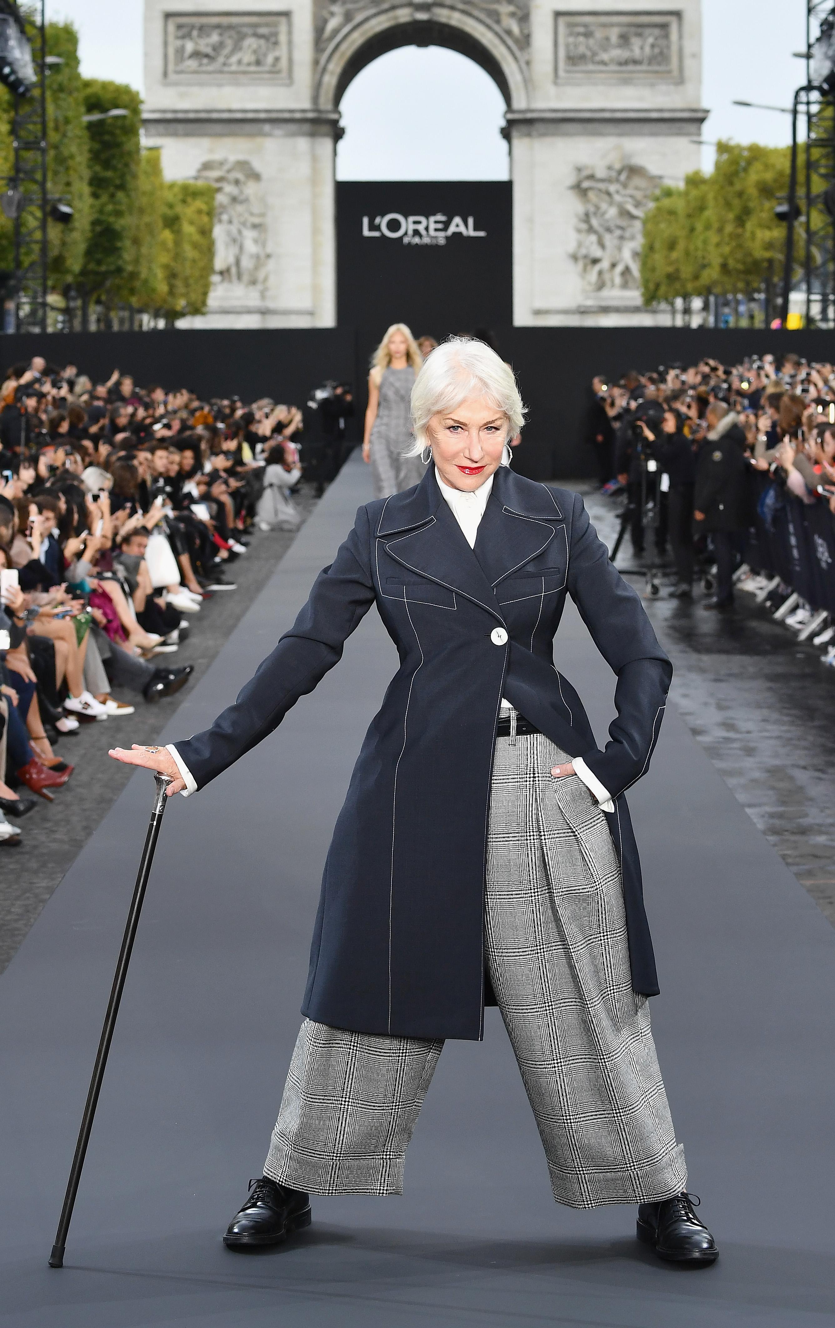 הלן מירן בשבוע האופנה בפריז. צילום: GettyImages