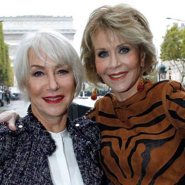 ג'יין פונדה והלן מירן בתצוגה של לוריאל פריז בשבוע האופנה   צילום: GettyImages