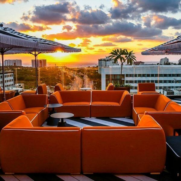 רק בשביל הגג שווה לבוא: מלון פאבליקה בהרצליה   צילום: אלירן אביטל