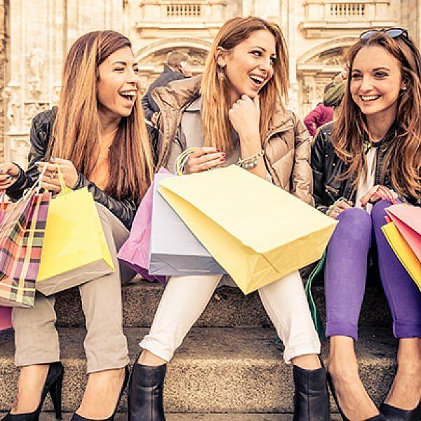 קניות קניות ועוד קצת קניות. צילום:שאטרסטוק