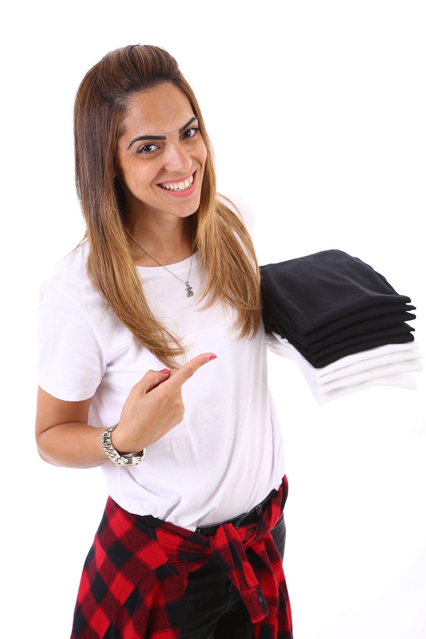 לא לפחד להיפטר מבגדים: מסדרת הארונות שני אפרים | צילום: סיון פרג'