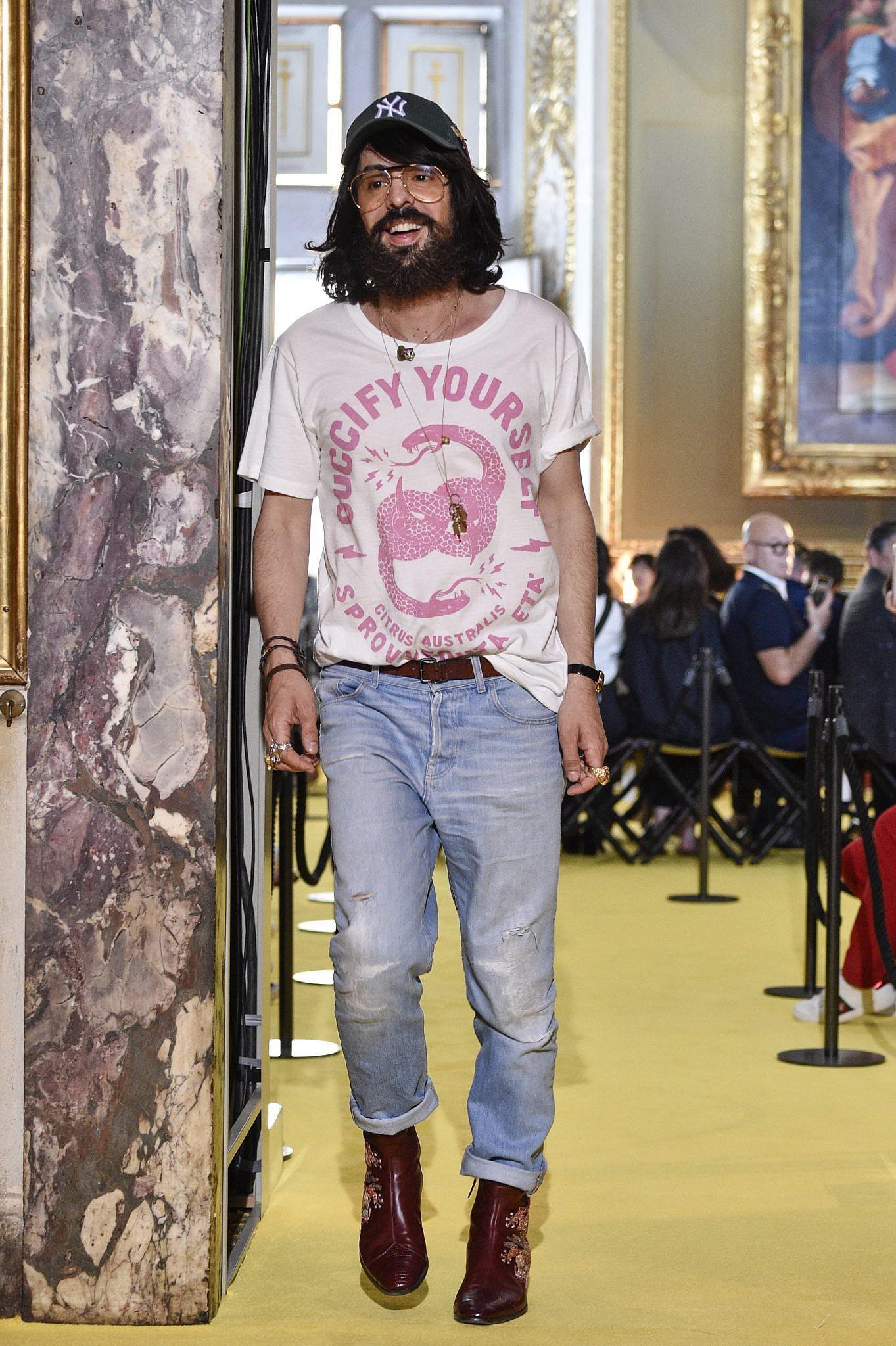 האיש מאחורי החלטת המותג להיפרד מהפרוות, המנהל האמנותי של גוצ'י אלסנדרו מיקלה | צילום: Pietro D'Aprano/Getty Images