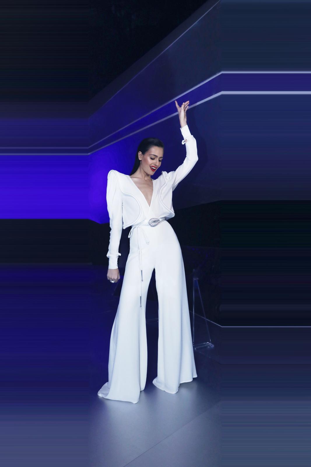 לוסי איוב לובשת ויוי בלאיש באירוויזיון   צילום: נטשה זריקר