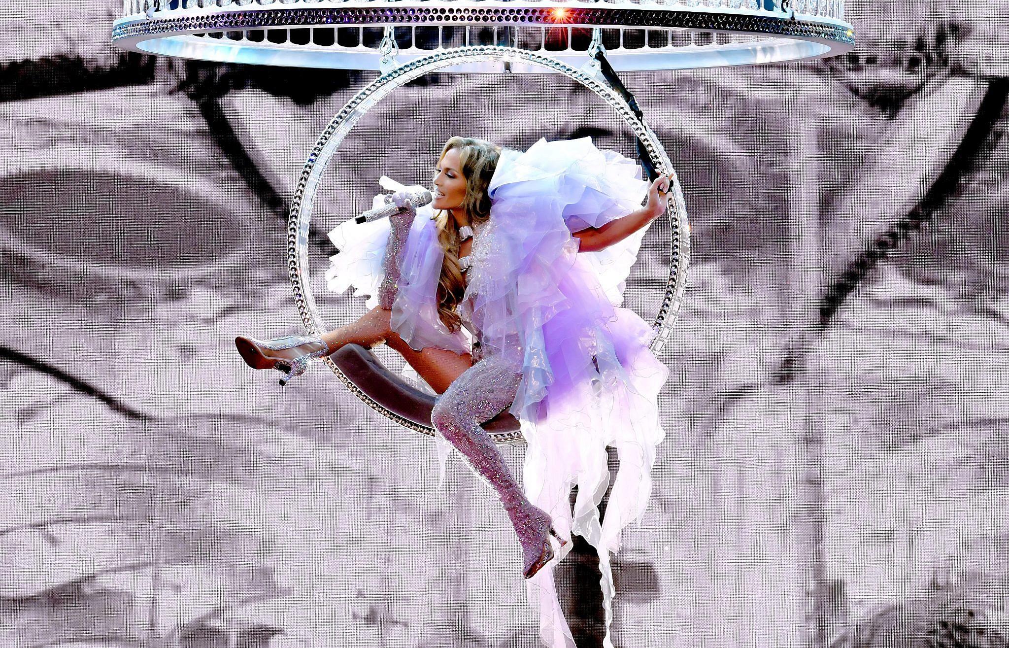 ג'ניפר לופז | צילום: Kevin Winter/Getty Images for ABA