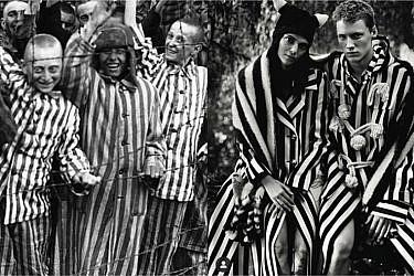 קנדל ג'נר עם החליפה של לואווה, יהודים במלחמת העולם השנייה   צילום מסך מעמוד האינסטגרם diet_prada
