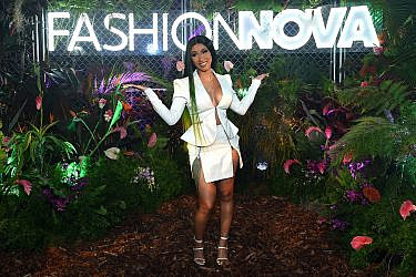 קארדי בי | צילום:  Presley Ann/Getty Images for Fashion Nova