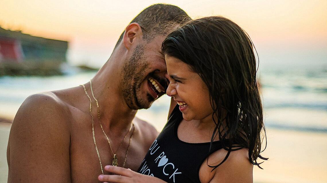 דרור קונטנטו ובתו שילת | צילום: גיא דניאלי