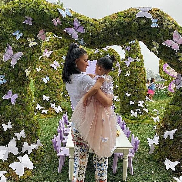 קיילי ג'נר ובתה סטורמי | צילום מסך מהאינסטגרם kyliejenner