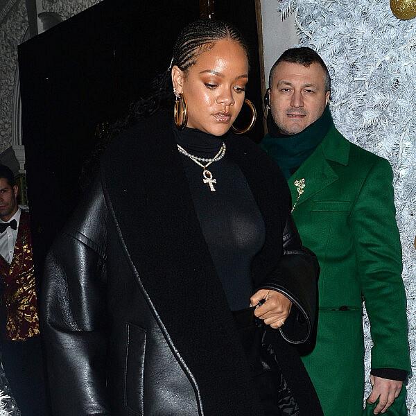 ריהאנה והמעיל | צילום  M GC imagesricky vigil