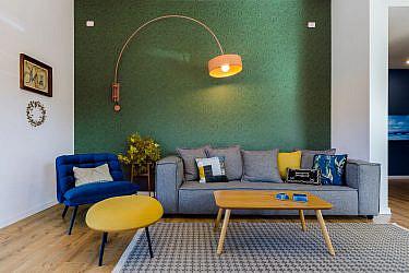 קיר ירוק | צילום: שחר לוי
