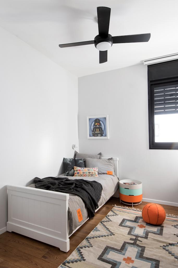 החדר של הבנים | אדריכלות: גידי בר אוריין, עיצוב פנים: בטי יעקובסון ומיה יפה-טל, צילום: שירן כרמל, סטיילינג לצילום: עדי פוגל הולנדר