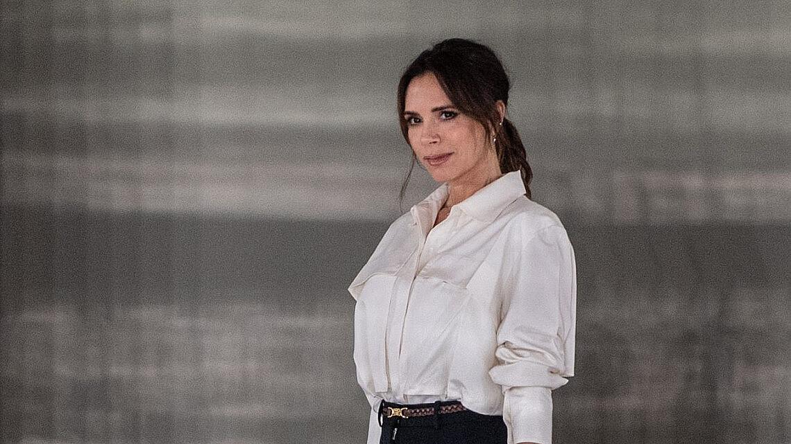 ויקטוריה בקהאם בשבוע האופנה בלונדון 2020 | צילום: Gareth Cattermole/BFC/Getty Images for BFC