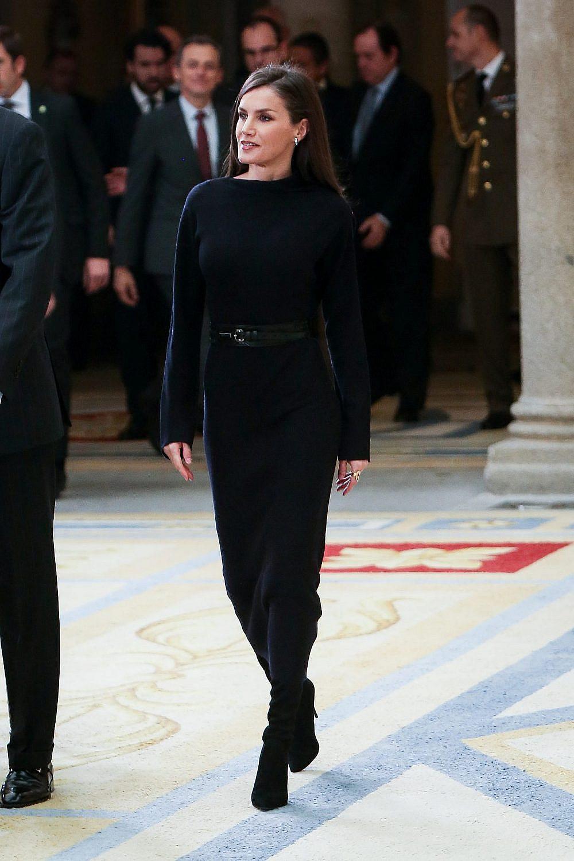 לטיסיה מלכת ספרד לובשת COS   צילום: Paolo Blocco/WireImage