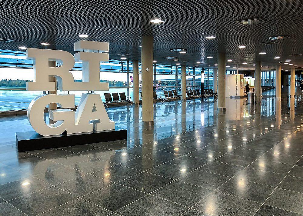 שדה התעופה בריגה | צילום: shutterstock,elesi
