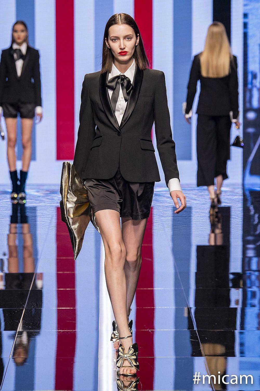 """מתוך התצוגה של אנאבל בשבוע האופנה במילאנו   צילום יח""""צ"""