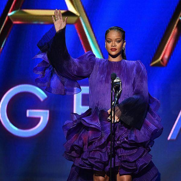 ריהאנה | צילום: Aaron J. Thornton/Getty Images