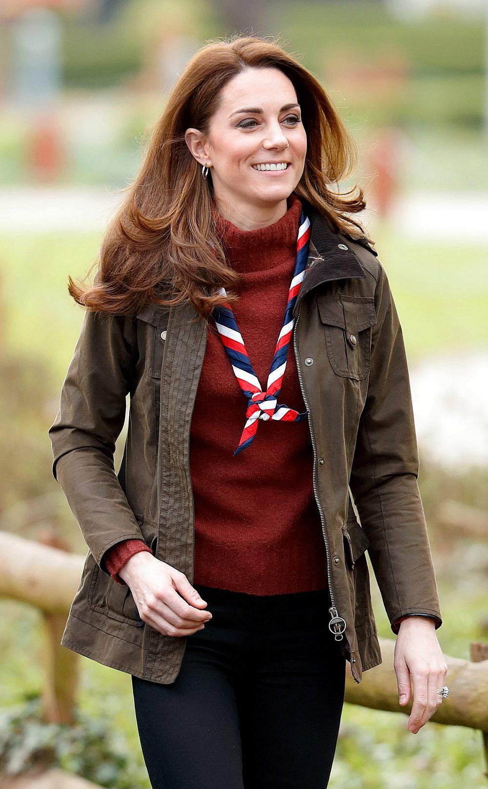 קייט מידלטון לובשת ג'יי קרו   צילום: Max Mumby/Indigo/Getty Image