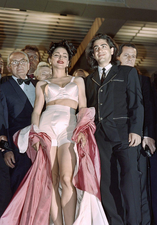 מדונה בפסטיבל קאן, לובשת ז'אן פול גוטייה, 1991 | צילום: GERARD JULIEN/AFP via Getty Images