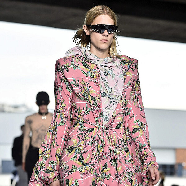 תצוגת האופנה של וטמו, חורף 18-19 | צילום: Kristy Sparow/Getty Images