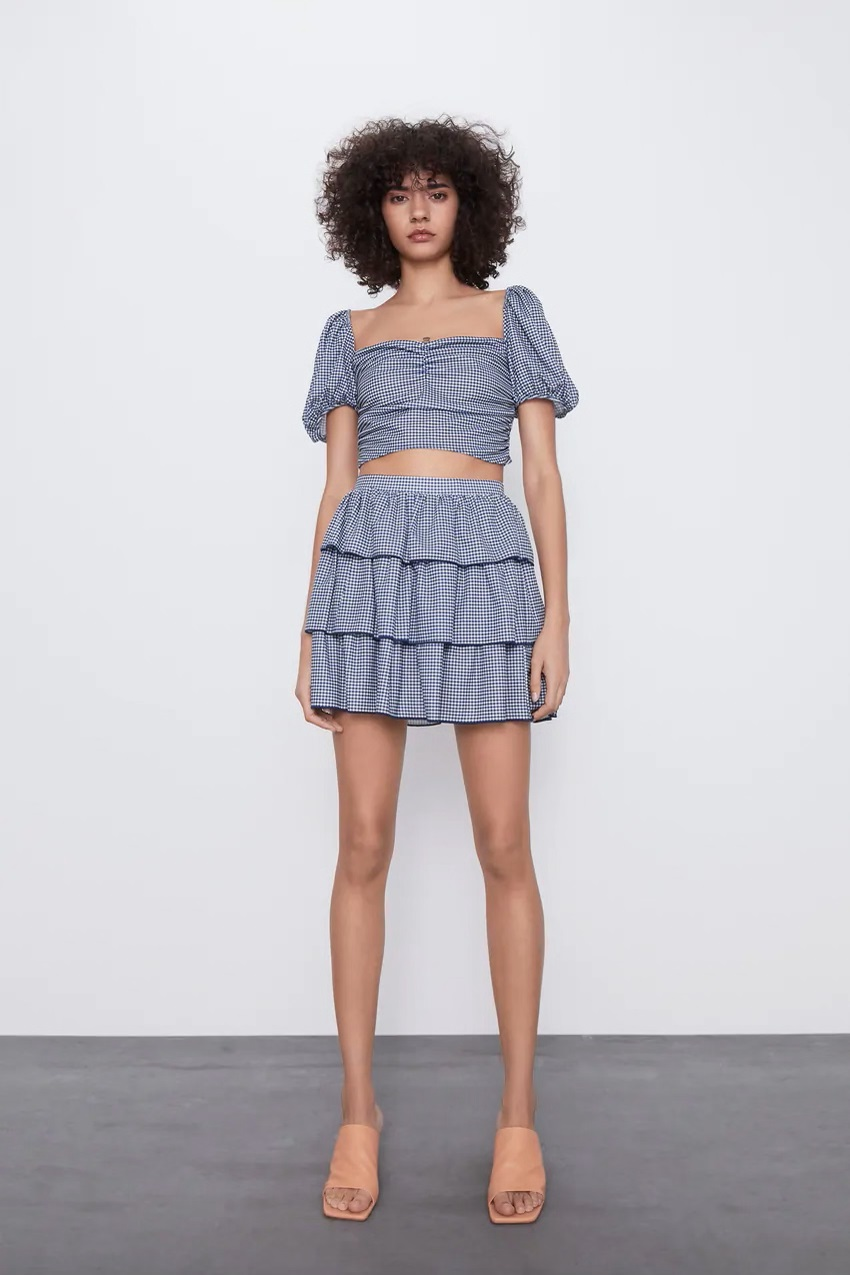 חצאית מיני קומות של זארה | צילום מסך מהאתר