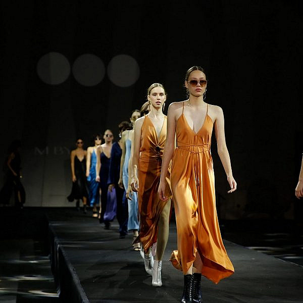 התצוגה של משכית, שבוע אופנה תל אביב 2020 | צילום: גיל חיון