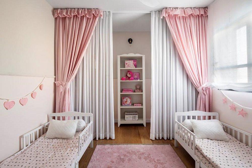 בית שחור לבן – חדר התאומות | עיצוב פנים: קרן ניב טולדנו, צילום: איתי בנית