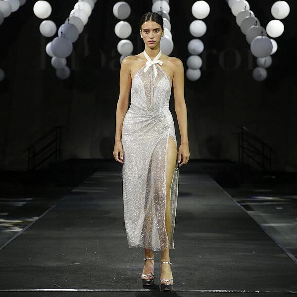 התצוגה של ענבל דרור, שבוע אופנה תל אביב 2020 | צילום: גיל חיון