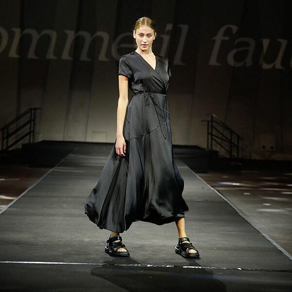 התצוגה של קום איל פו, שבוע אופנה תל אביב 2020 | צילום: גיל חיון