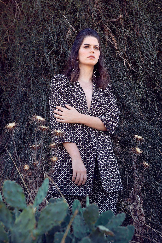 דנית ליבנת לובשת סטודיו ג'נט | צילום: יעל בר כהן