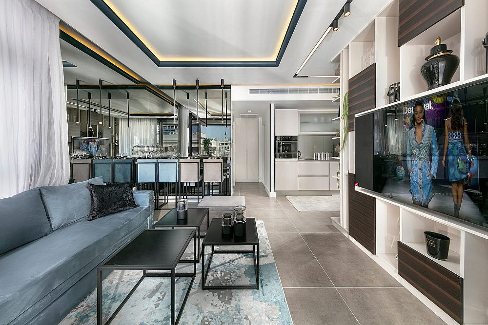 """דירת נופש בת""""א, הסלון   עיצוב: אריאלה עזריה ברקוביץ', צילום: אלעד גונן"""