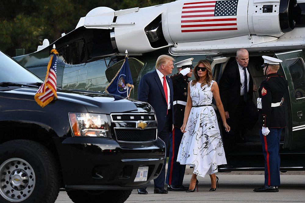 מלאניה ודונלד טראמפ   צילום: SAUL LOEB/AFP via Getty Images
