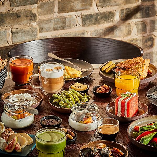 ארוחת הבוקר במלון דה ורה | צילום גיל אבירם