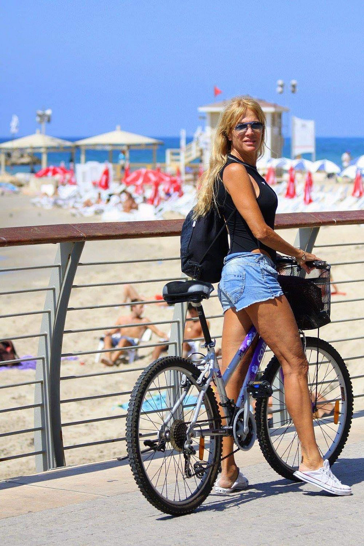 פינצ'י והאופניים בדרך לים   תמונה באדיבות המשפחה