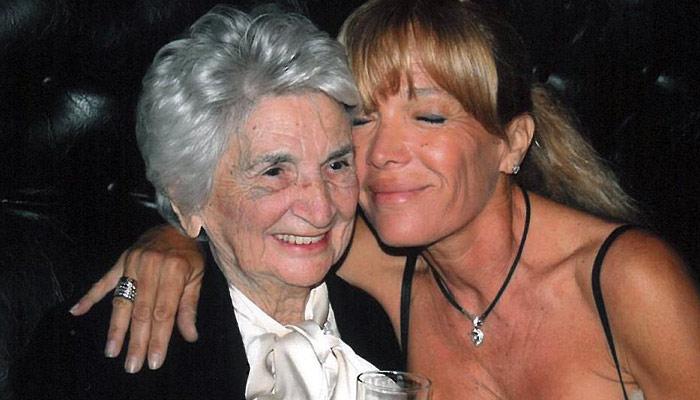 """פינצ'י מור עם לאה גוטליב ז""""ל, מייסדת גוטקס   צילום: ארכיון גוטקס"""