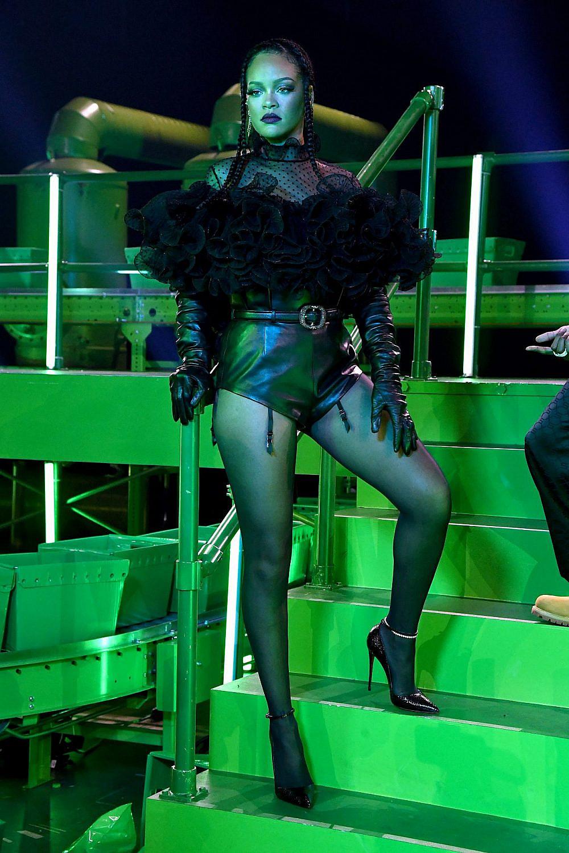 ריהאנה בתצוגה של סוואג'Xפנטי   צילום: Kevin Mazur/Getty Images