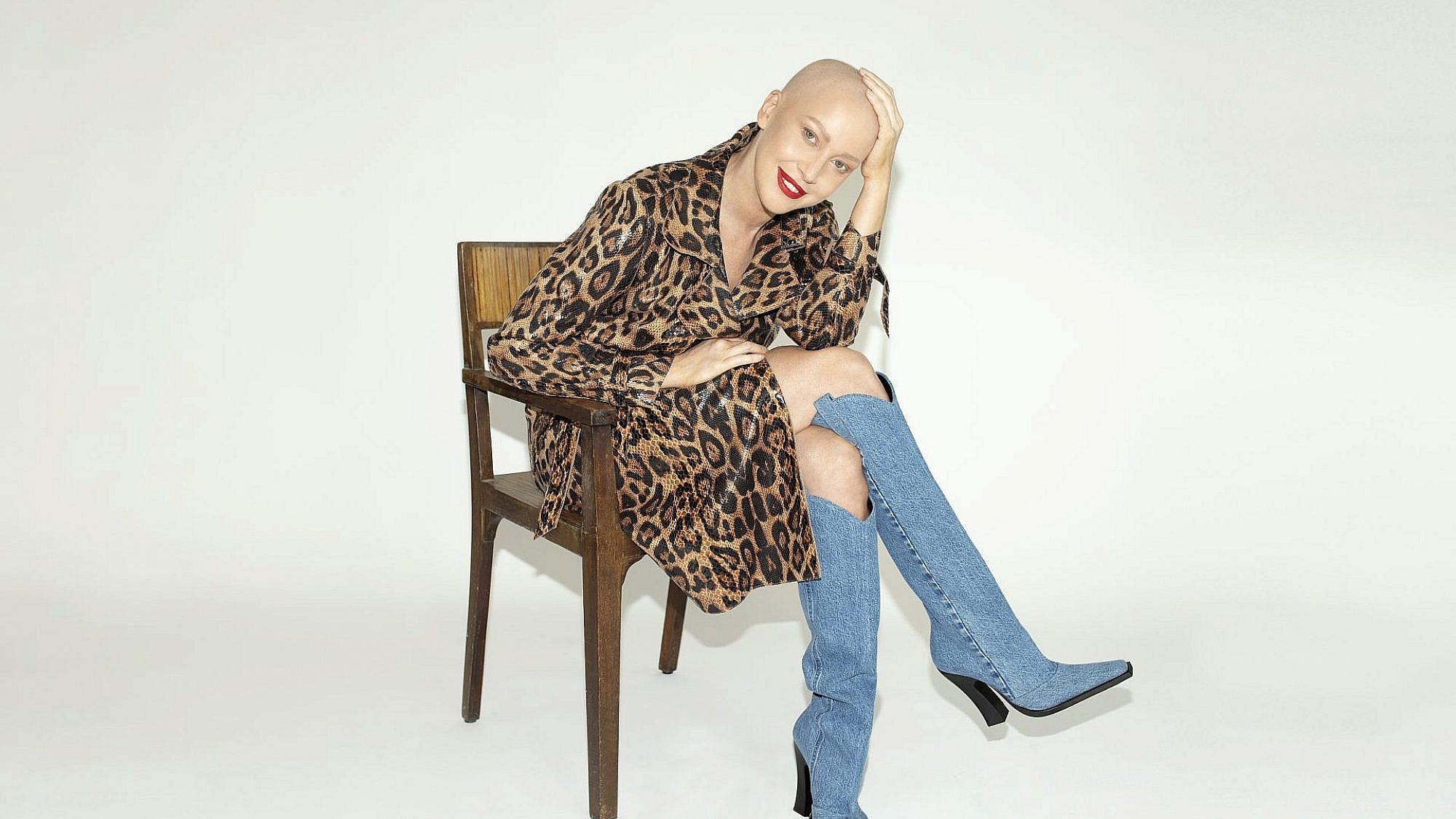 מירית גרינברג | צילום: זהר שטרית, סטיילינג: שי לי ניסים, מעיל: מאיה נגרי, מגפיים: טום פורד לבוטיק אניגמה
