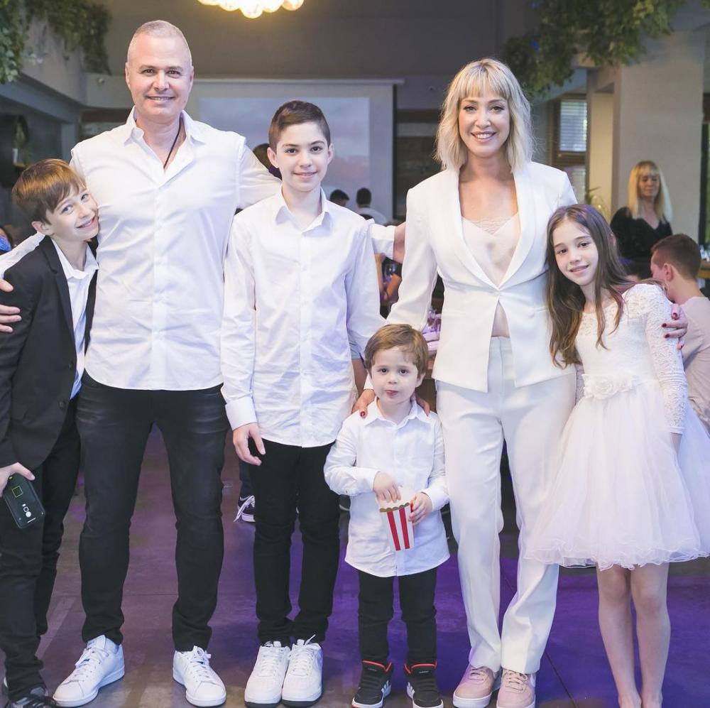גרינברג ומשפחתה | צילום: באדיבות מירית גרינברג