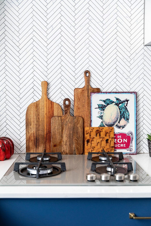 דירה בקריית אונו, המטבח | עיצוב פנים: נטלי אלל, צילום: אורית ארנון