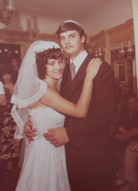 נינה דבש בחתונתה   צילום באדיבות נינה